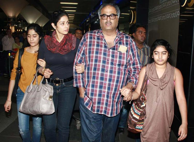 Boney Kapoor and Sridevi With Their Daughters Jhanvi and Khushi at Airport