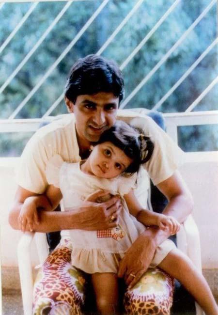 Deepika Padukone and Father Prakash Cute Photo