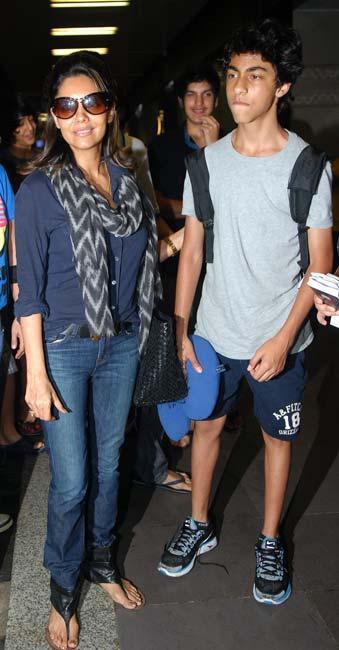 Gauri Khan With Son Aryan at Mumbai Airport