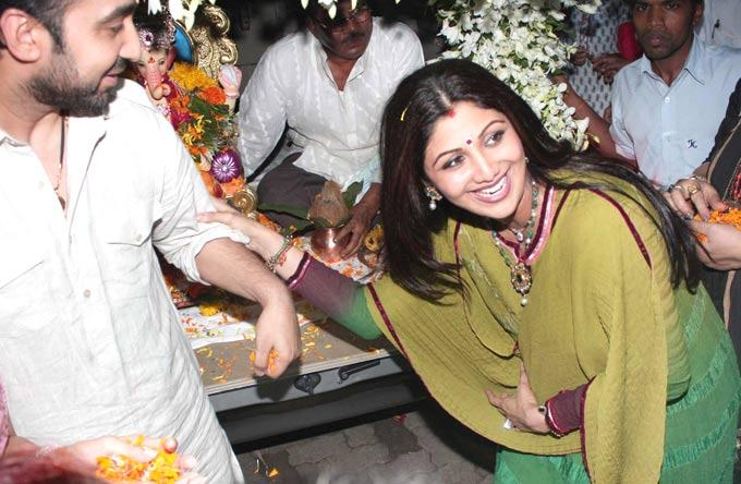 Shilpa Shetty and Raj Kundra at Ganpati Celebrations