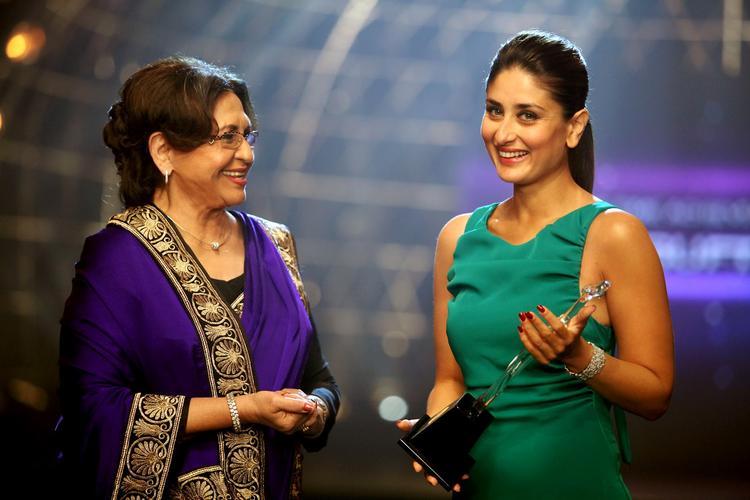 Kareena Kapoor With Helen In Heroine Movie