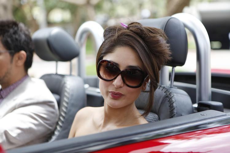 Kareena Kapoor Hot Stunning Look in Heroine Movie