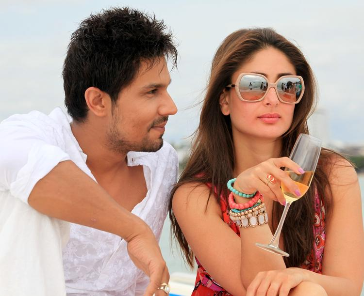 Kareena Kapoor Latest Spicy Stylist Look In Heroine Movie