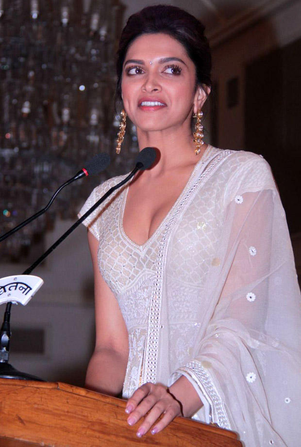Deepika Padukone Hot Still In Amrapali Jewels Earrings and A Bangle