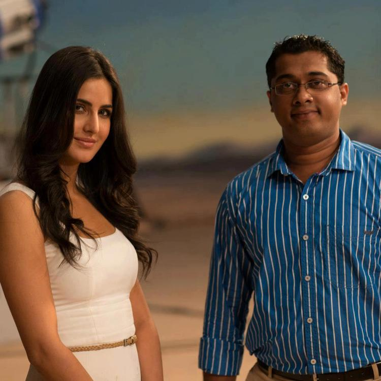 Katrina Kaif Pose With A Fan at