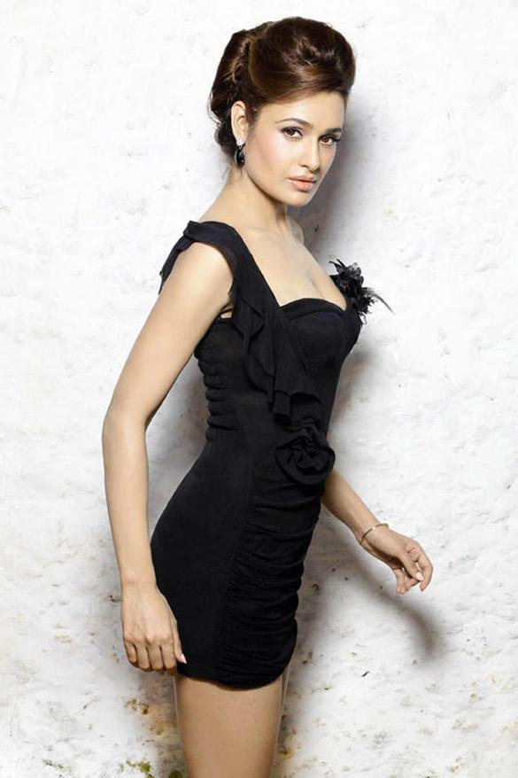 Yuvika Chaudhary Glowing Face Look Still