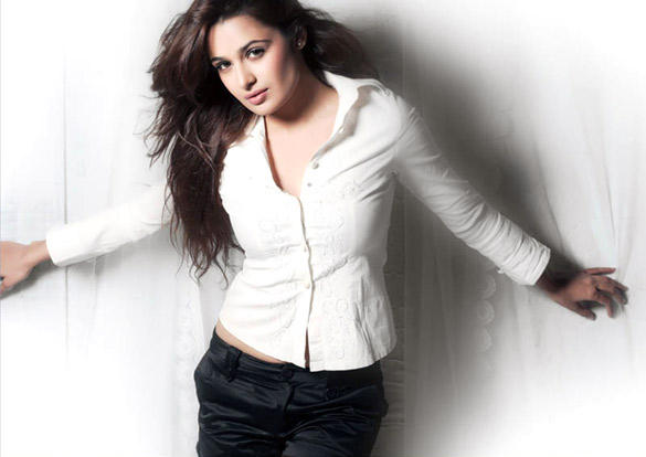 Yuvika Chaudhary Hottest Photo
