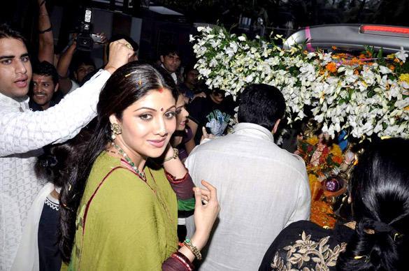 Shilpa Shetty Bid Farewell To Lord Ganesh
