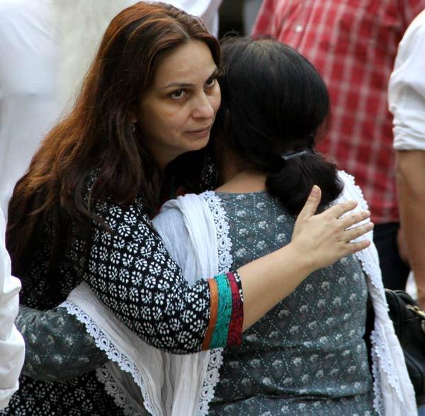 Celebs at Dinesh Thakur Farewell