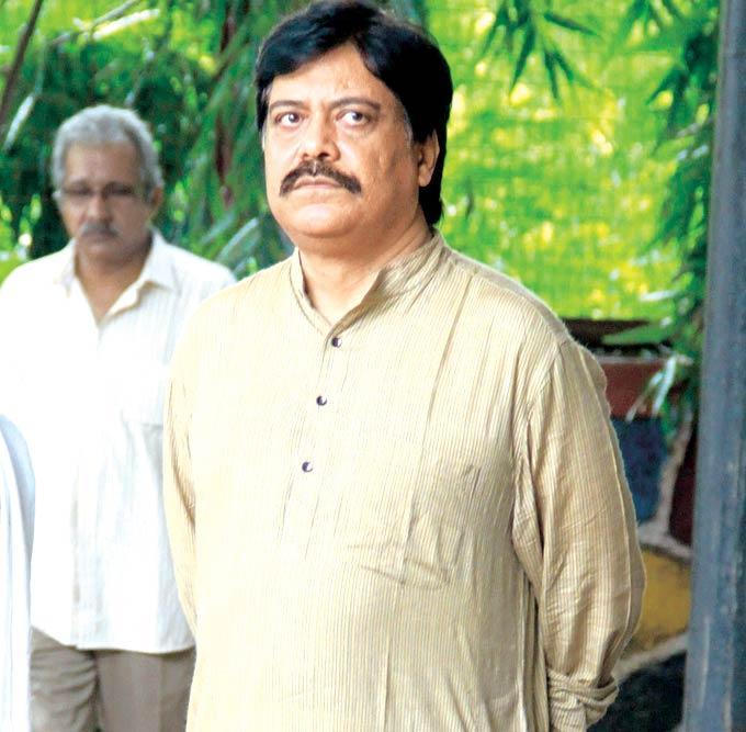 Salim Arif Bidding Farewell To Dinesh Thakur