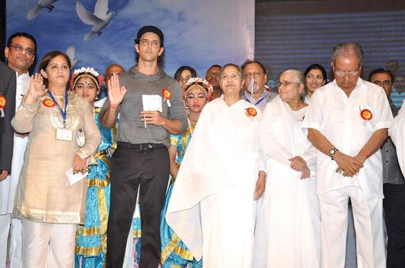 Hrithik Roshan Launches I Pledge 4 Peace Project