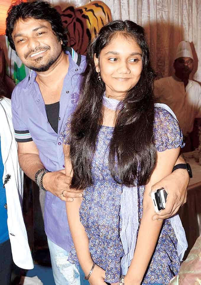 Babul Supriyo With His Daughter Sharmili at Lahiris Grandson Swastiks Birthday Party
