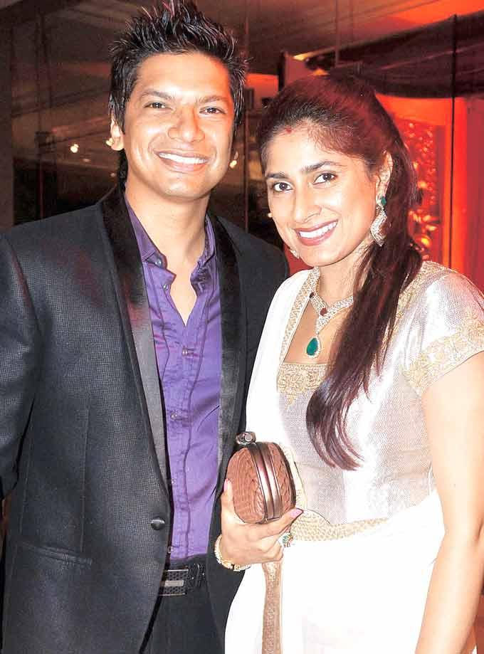 Shaan With Wife Radhika at Bappi Lahiris Grandson Swastiks Birthday Party