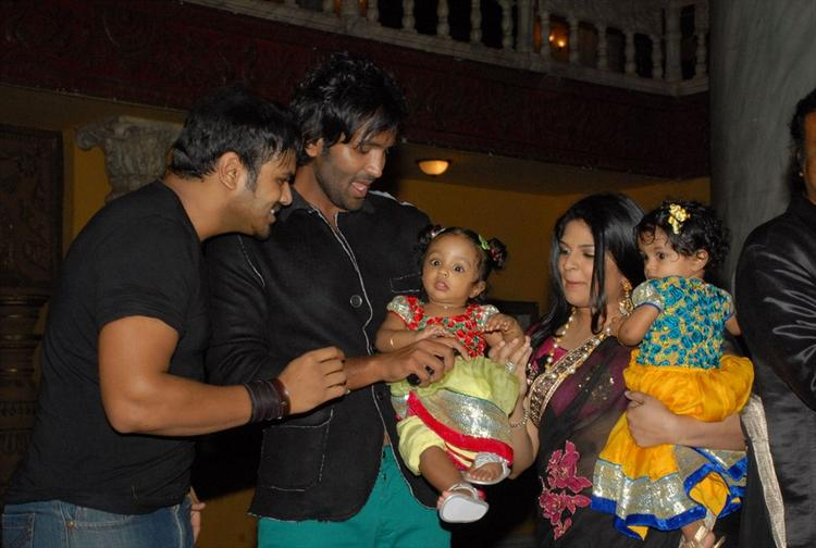 Viranica and Vishnu With Twin Kids at Denikaina Ready Movie Logo Launch