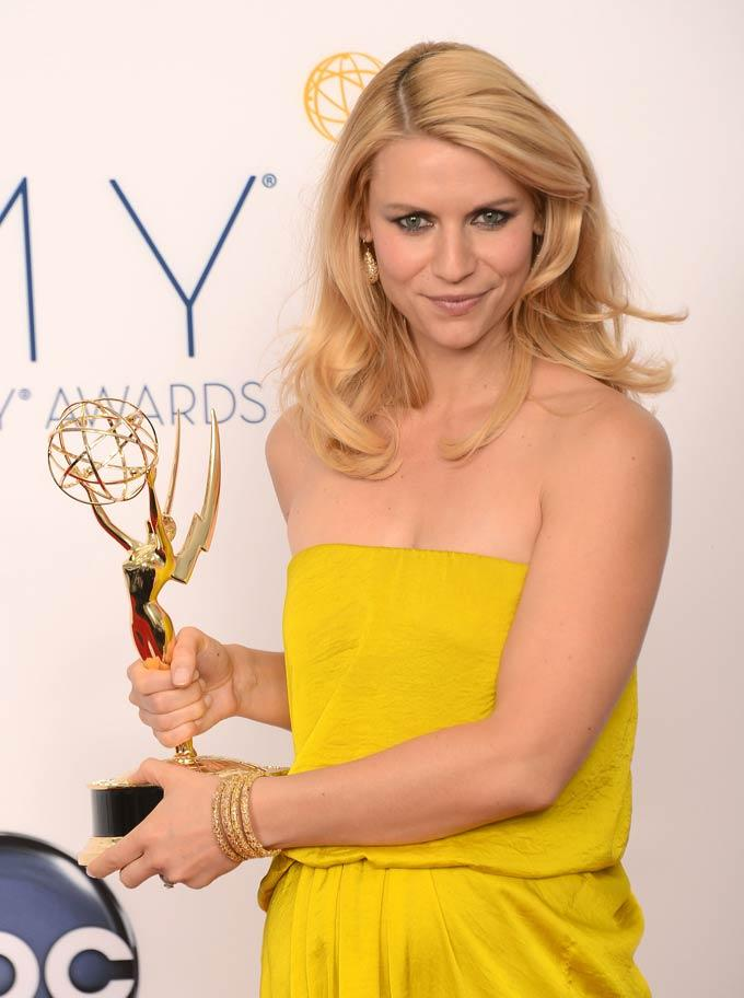 Claire Danes Holds Her Trophy at Emmy Awards 2012