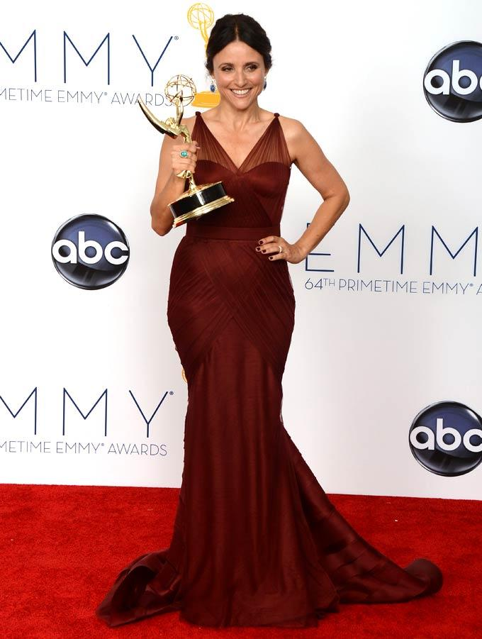 Julia Louis-Dreyfus Poses In The Press Room With Her Award