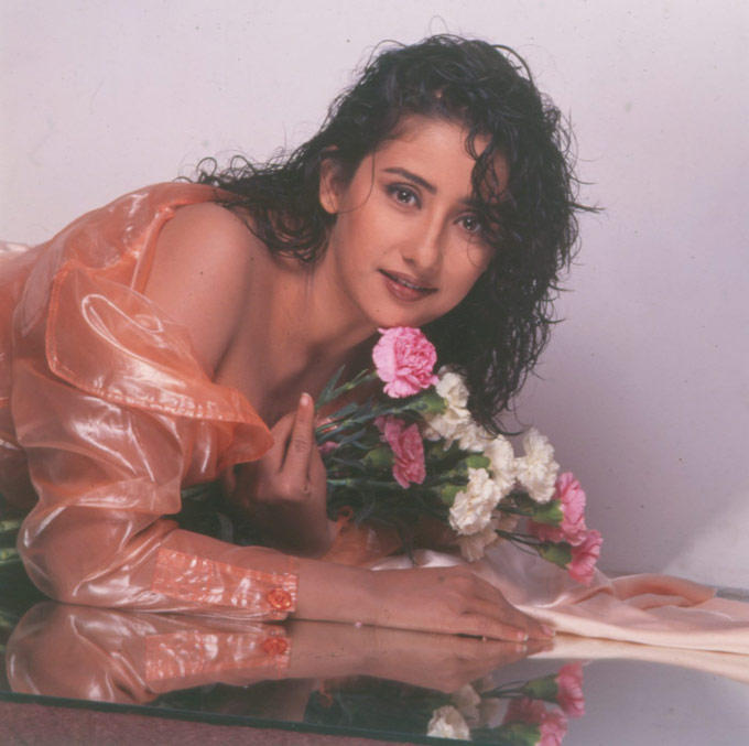 Manisha Koirala Romantic Look Photo