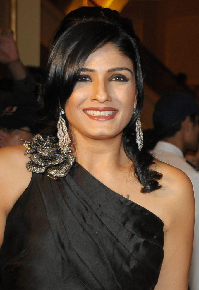 Raveena Tandon Gorgeous Smile Pic