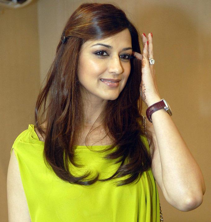 Ravishing Actress Sonali Bendre Nice Pic