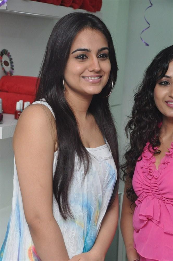 Hot Babe Aksha At The Launch Of Naturals Family Salon