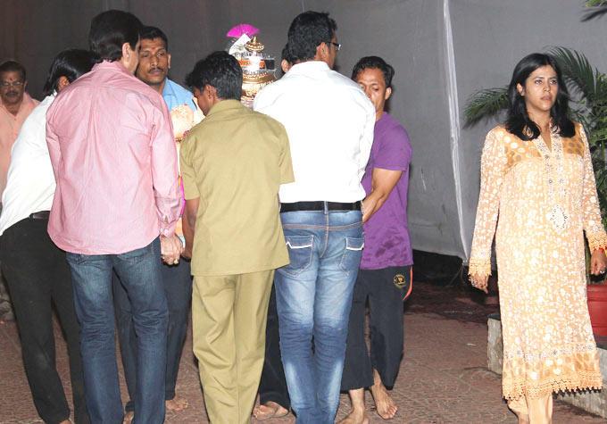 Ekta Kapoors Ganpati Visarjan Still