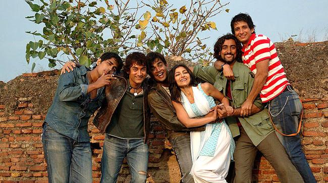 A Sweet Still From The Movie Rang De Basanti