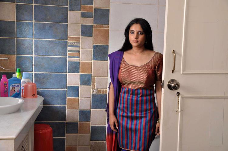 Ramya Bathroom Still In Dil Ka Raja Movie
