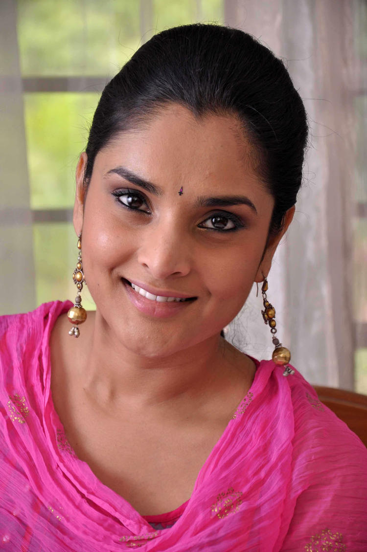 Ramya Sweet Face Look Pic In Dil Ka Raja