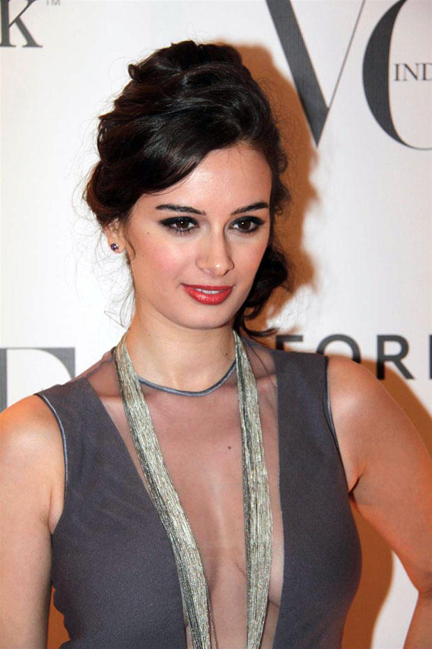 Evelyn Sharma at Vogue India 5th Anniversary Bash