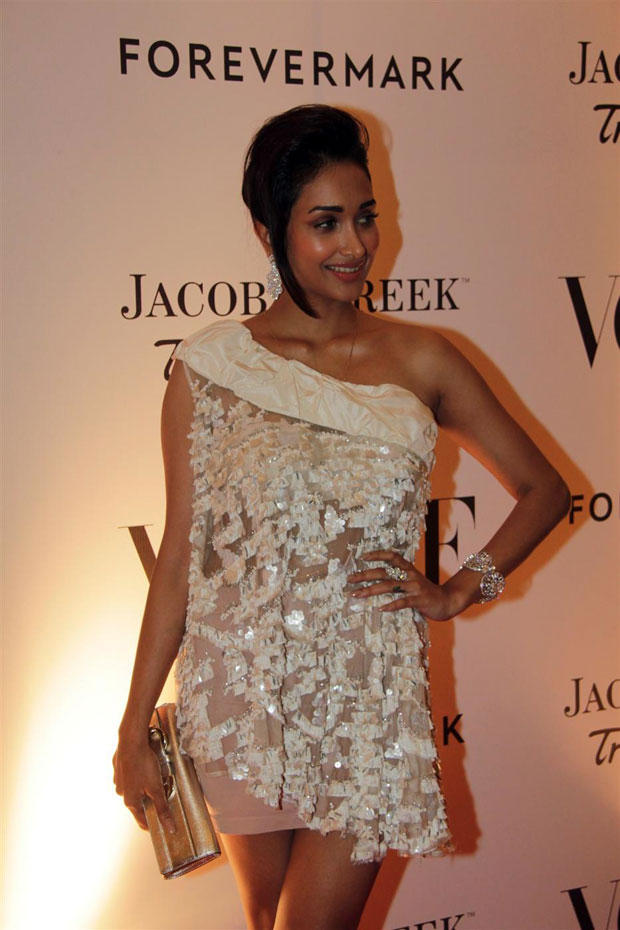 Sultry Actress Jiah Khan Wore Vizyon at The Vogue India's 5th Anniversary