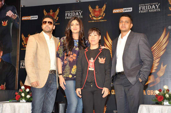 Shilpa With Husband Raj and Olympic Medalist Mary Kom at SFL Press Meet