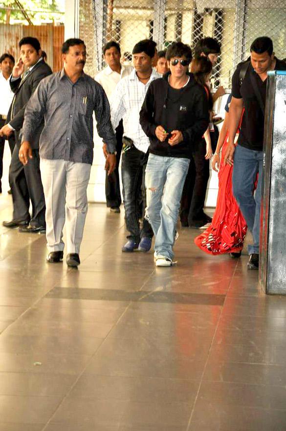 Shahrukh Khan Arriving at Mumbai International Airport