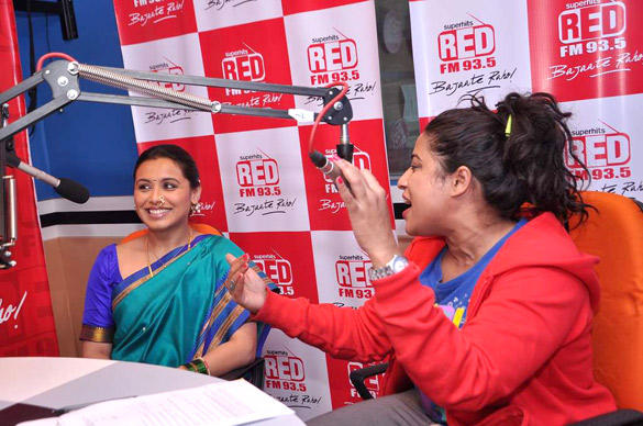 Rani Mukherjee with RJ Malishka in Red FM Studios