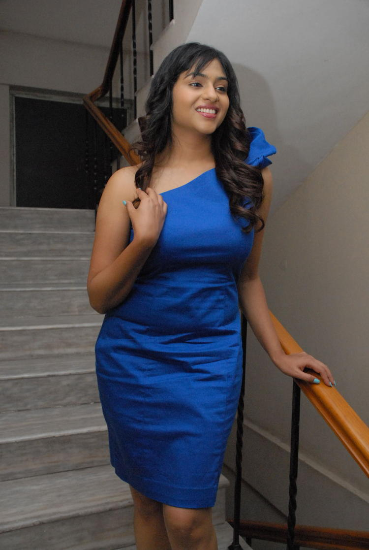 Lakshmi Nair In Blue Sleeveless Dress Hot Photo