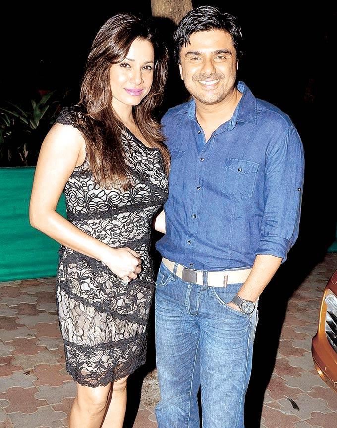 Neelam and Samir Soni at Chunky Pandey's Birthday Bash