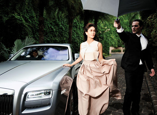 Kareena Kapoor Latest Photo Shoot For Indian Famous Bollywood Magazine Filmfare