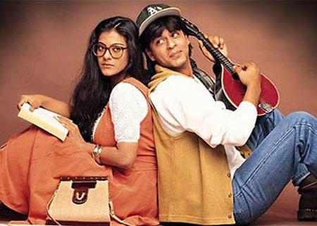 Shahrukh and Kajol Nice Pose In Dilwale Dulhania Le Jayenge
