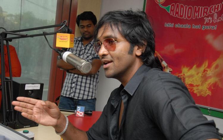 Manchu Vishnu In Radio Mirchi During The Launch Of Denikaina Ready Audio