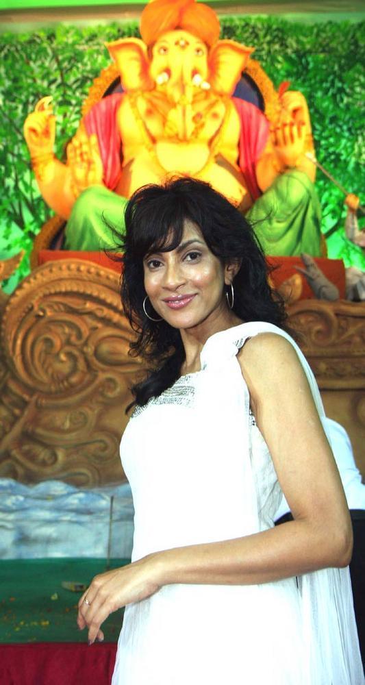 Chandi Perera at Ganpati Pandal