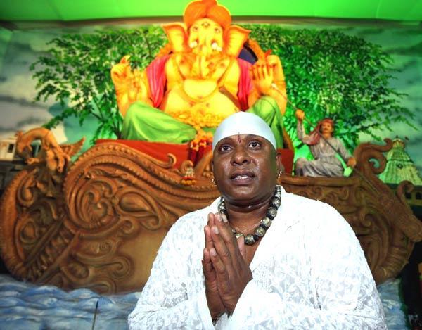 Shiv Mani at Ganesh Pandal