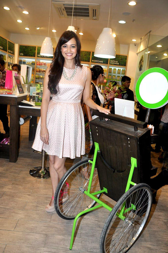 Dia Mirza Spotted at The Bodyshop Coconut Hair Oil Launch Event