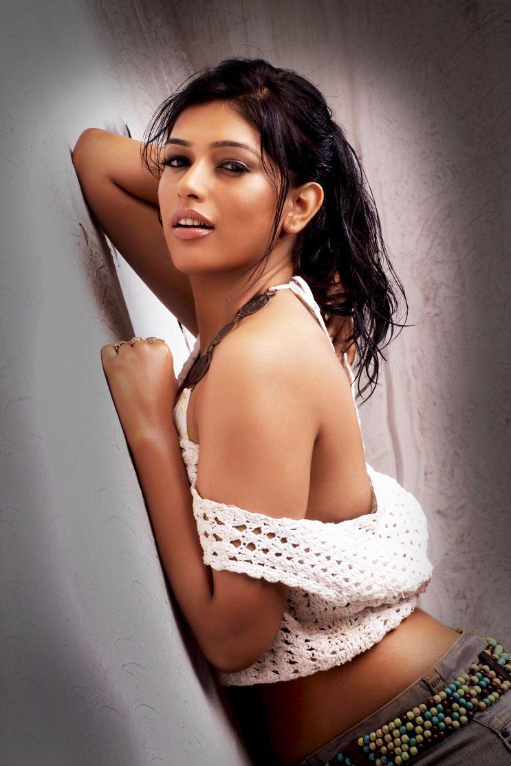 Divya Bhandari Shows Her Bare Back And Shoulders