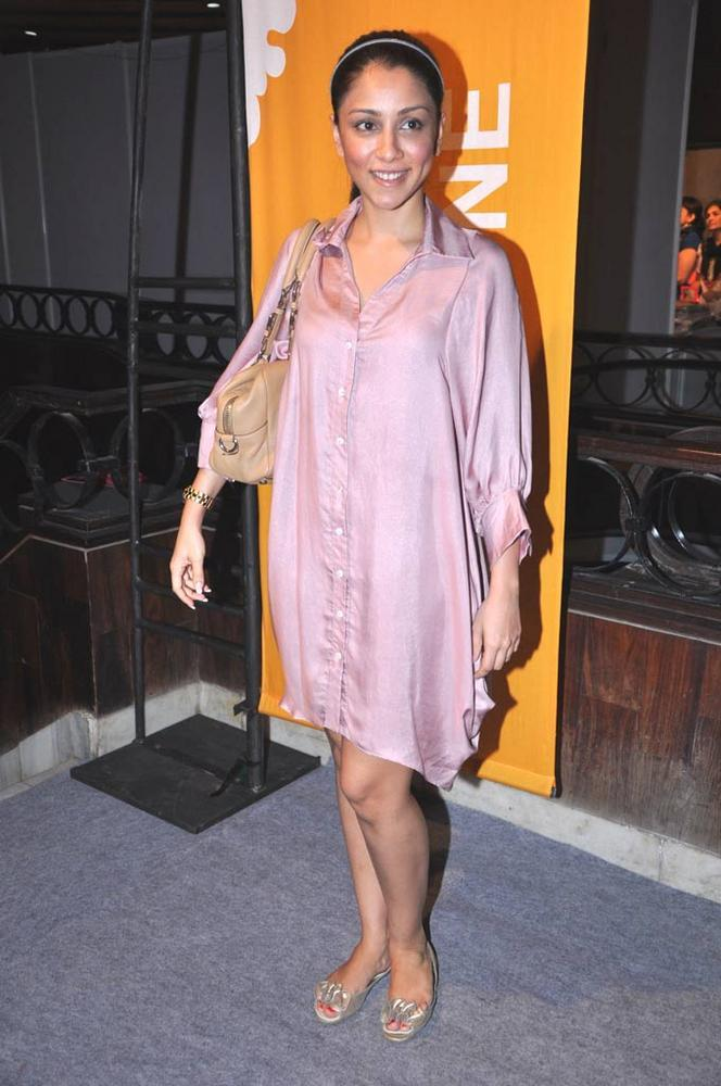 Amrita Puri Snapped At Design One Shopping Festival In Mumbai