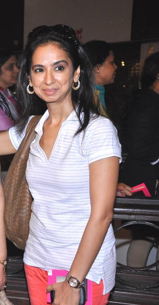 Kiran Datwani Spotted At Sahachari Foundation Annual Shopping Festival