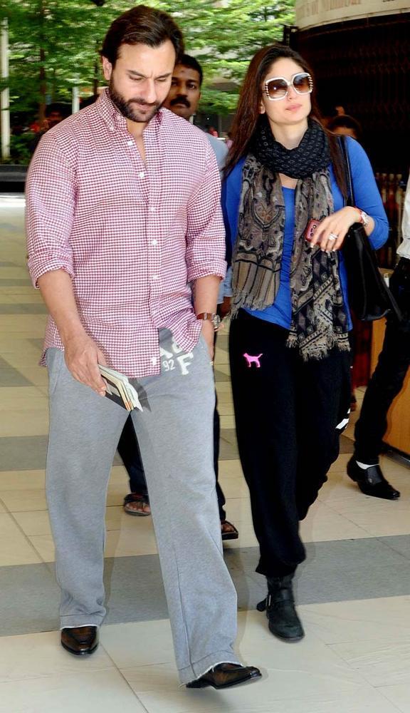 Saif With Kareena Spotted At Mumbai Airport