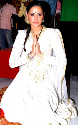 Nargis Fakhri Prays Devotedly at Andheri Ka Raja Ganpati