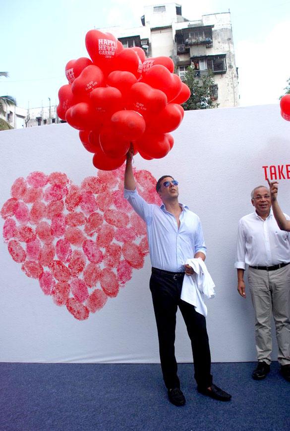 Akshay Kumar Celebrates World Heart Day in Mahim