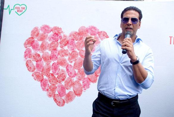 Akshay Kumar at Happy Heart Carnival in S L Raheja Hospital on World Heart Day