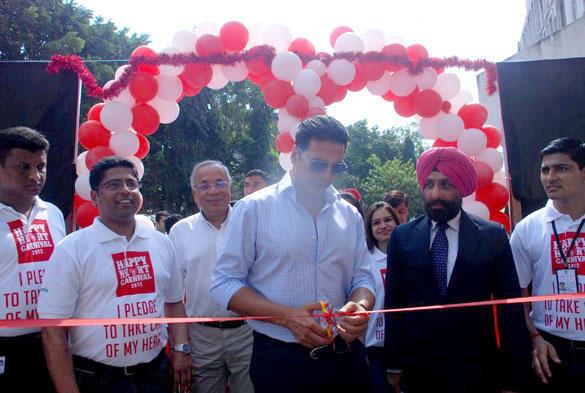 Akshay Kumar Inaugurates Happy Heart Carnival
