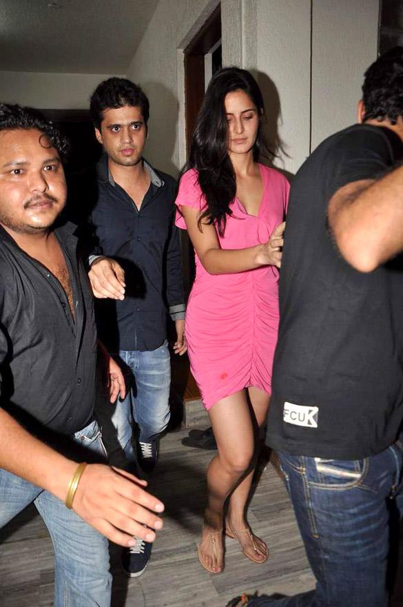 Katrina Kaif at Kapoor's House To Celebrate Ranbirs 30th Birthday Bash